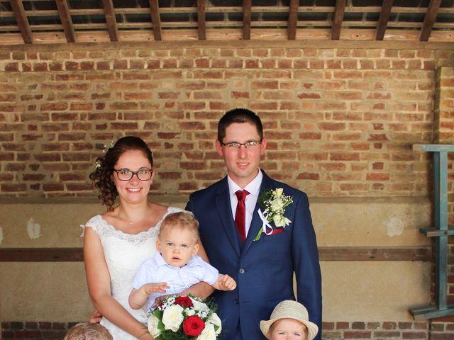 Le mariage de Loulou et Elodie à Hennezis, Eure 38
