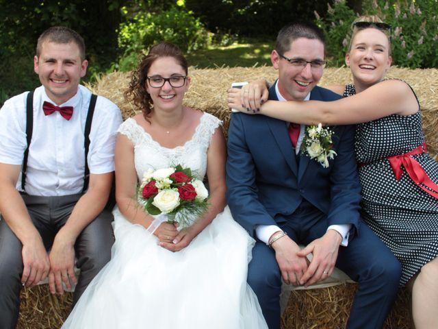 Le mariage de Loulou et Elodie à Hennezis, Eure 52