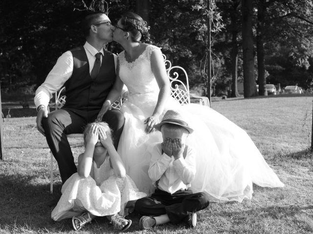 Le mariage de Loulou et Elodie à Hennezis, Eure 60