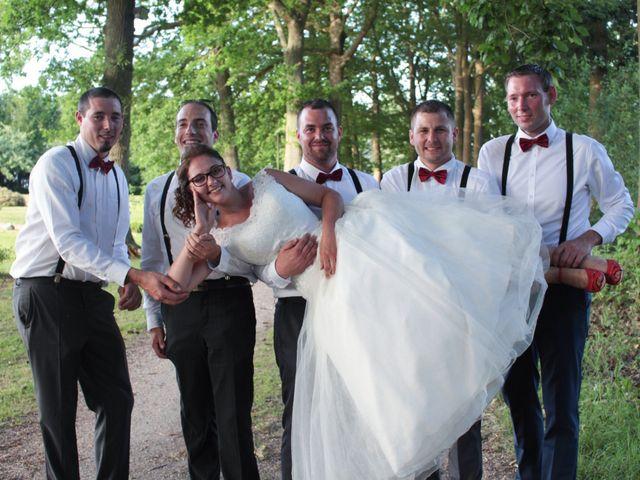 Le mariage de Loulou et Elodie à Hennezis, Eure 66