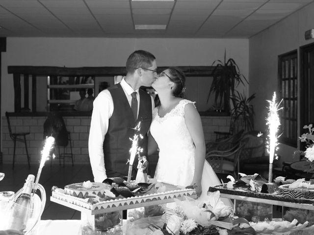 Le mariage de Loulou et Elodie à Hennezis, Eure 73
