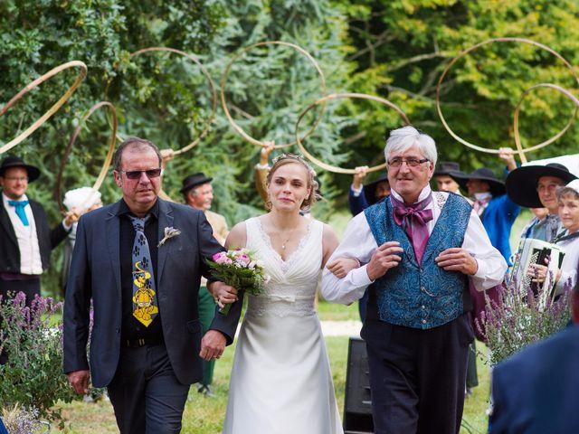 Le mariage de Loïc et Pauline à Saujon, Charente Maritime 3