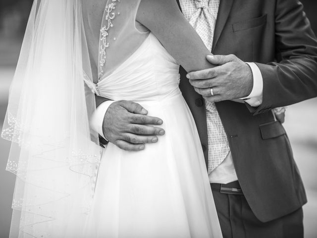 Le mariage de Christophe et Marie à Barraux, Isère 19