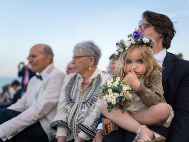 Le mariage de Romain et Cécile à Torreilles, Pyrénées-Orientales 42