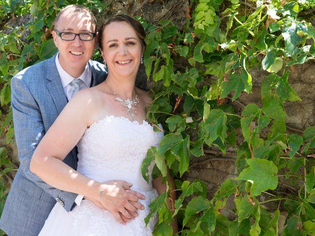 Le mariage de Eric et Myriam à Veauche, Loire 10