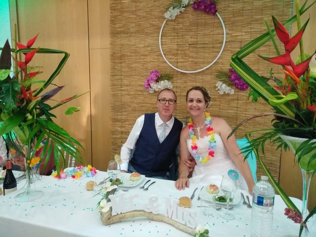 Le mariage de Eric et Myriam à Veauche, Loire 1