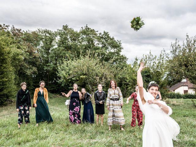 Le mariage de Thibault et Marie Jo à Montjay, Saône et Loire 19