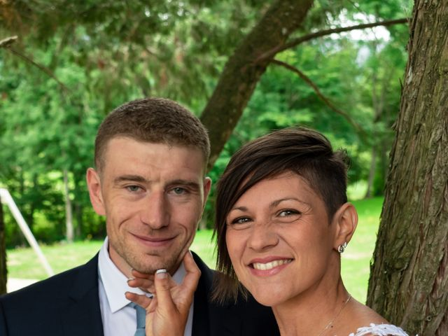 Le mariage de Denis et Élodie à Noirétable, Loire 8