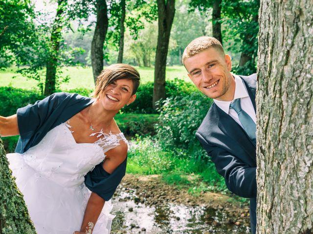 Le mariage de Denis et Élodie à Noirétable, Loire 1