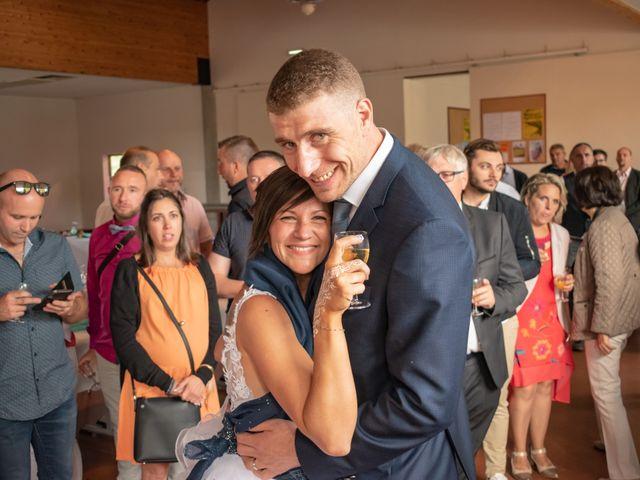 Le mariage de Denis et Élodie à Noirétable, Loire 22