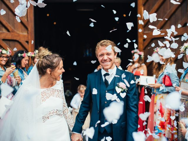 Le mariage de Loïc et Marine à Saint-Martin-le-Gaillard, Seine-Maritime 23