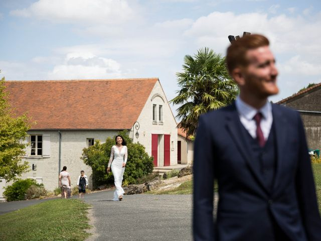 Le mariage de Maxime et Vanyung à Colombiers, Vienne 3