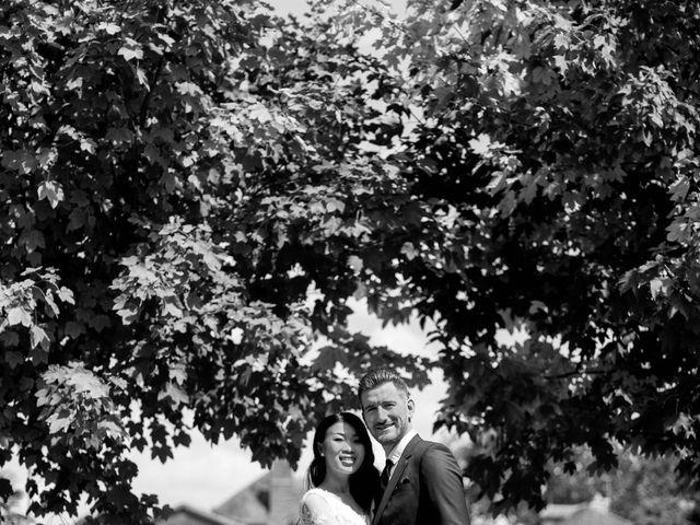 Le mariage de Maxime et Vanyung à Colombiers, Vienne 14
