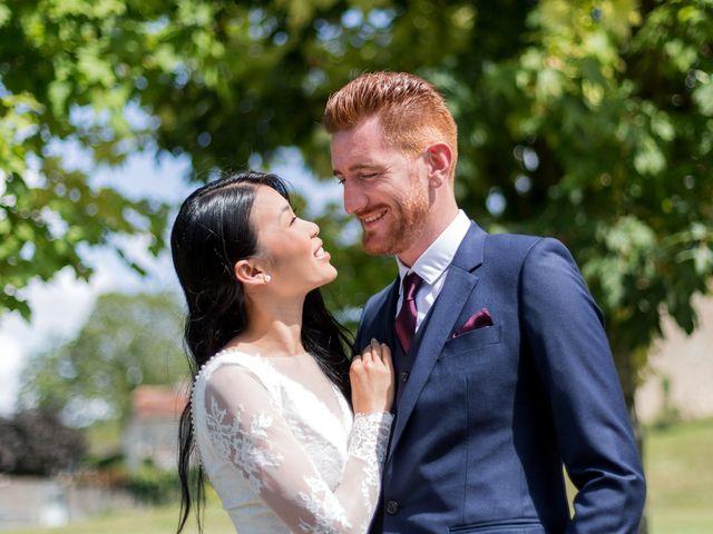 Le mariage de Maxime et Vanyung à Colombiers, Vienne 15