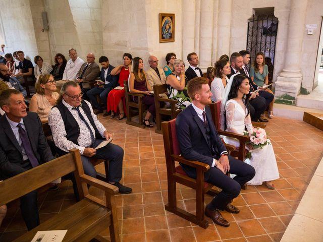 Le mariage de Maxime et Vanyung à Colombiers, Vienne 51