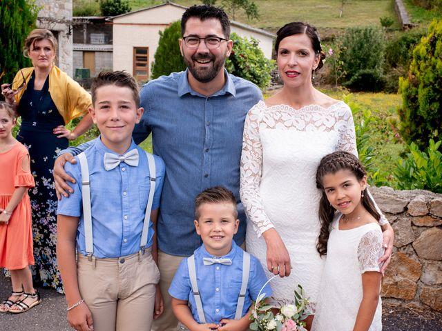 Le mariage de Sébastien et Carine à Ségur, Aveyron 10