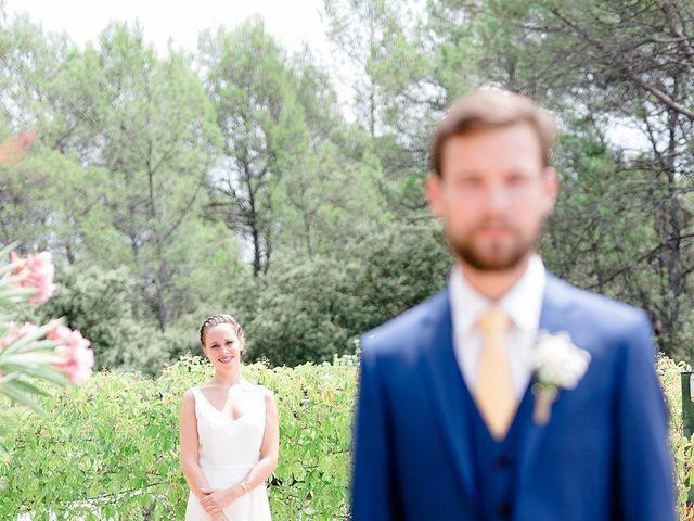 Le mariage de Hugo et Mathilde à Cotignac, Var 10