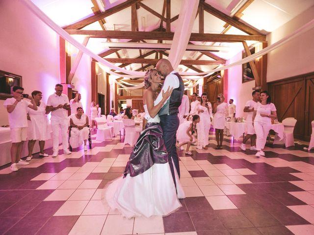 Le mariage de Loic et Carine à Clermont-Ferrand, Puy-de-Dôme 45