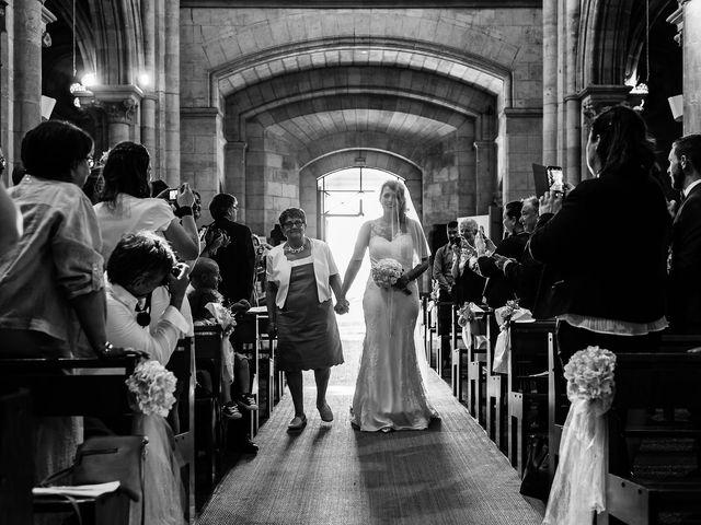 Le mariage de Julien et Laura à Bordeaux, Gironde 61