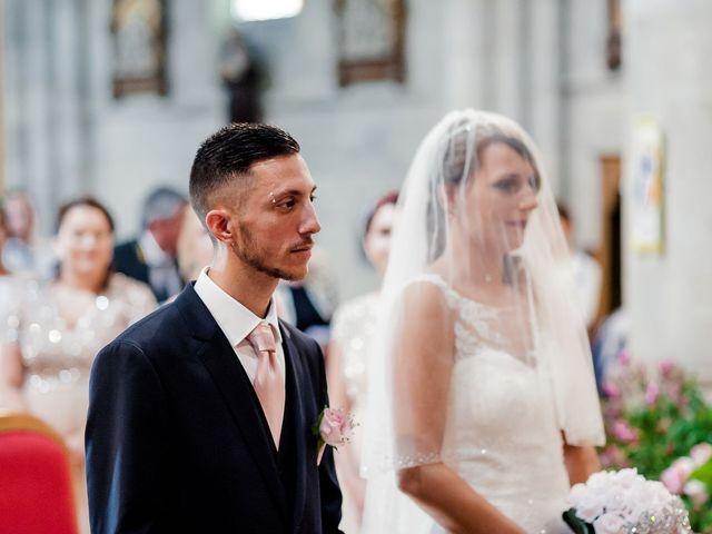 Le mariage de Julien et Laura à Bordeaux, Gironde 62