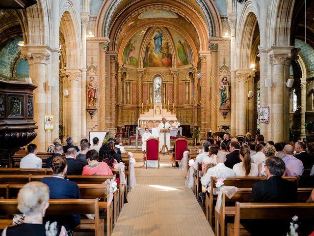 Le mariage de Julien et Laura à Bordeaux, Gironde 66