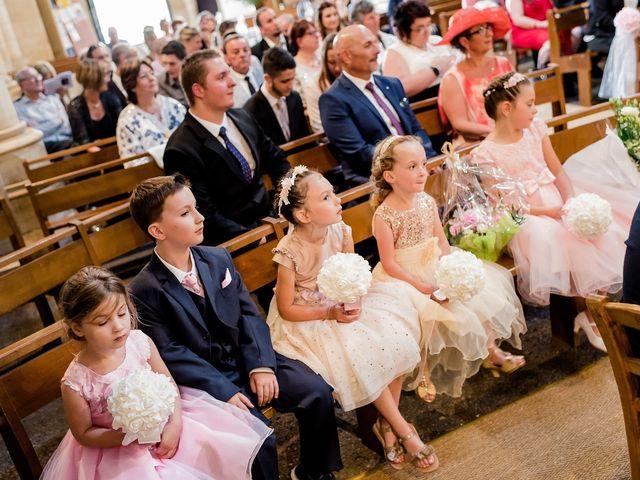 Le mariage de Julien et Laura à Bordeaux, Gironde 72