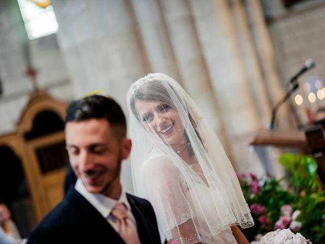 Le mariage de Julien et Laura à Bordeaux, Gironde 79