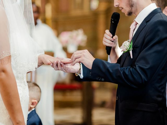 Le mariage de Julien et Laura à Bordeaux, Gironde 84