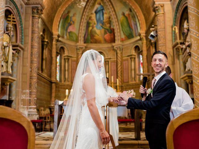 Le mariage de Julien et Laura à Bordeaux, Gironde 85
