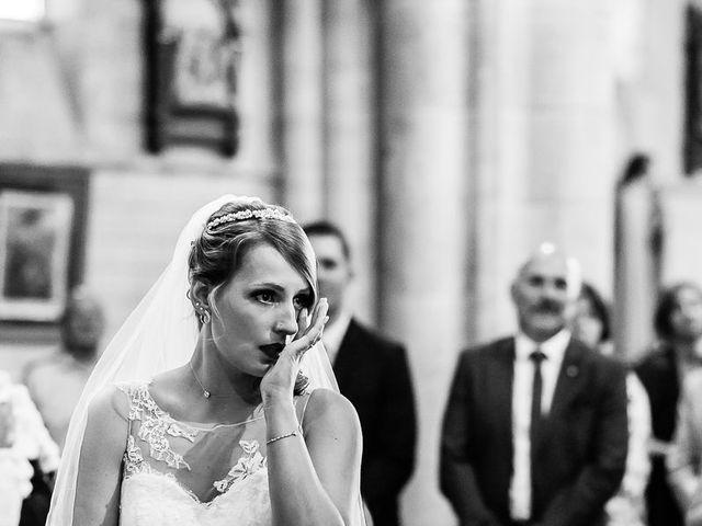 Le mariage de Julien et Laura à Bordeaux, Gironde 96