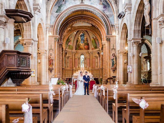 Le mariage de Julien et Laura à Bordeaux, Gironde 99