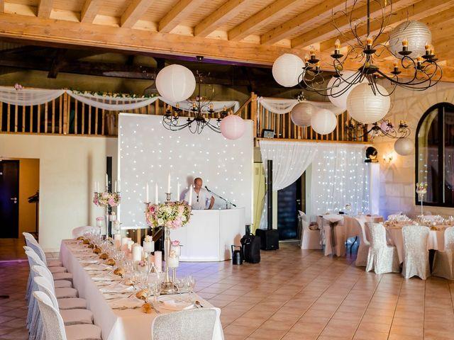 Le mariage de Julien et Laura à Bordeaux, Gironde 117