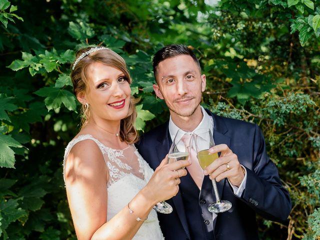 Le mariage de Julien et Laura à Bordeaux, Gironde 143