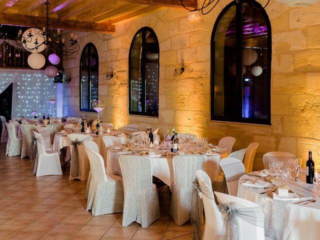 Le mariage de Julien et Laura à Bordeaux, Gironde 148