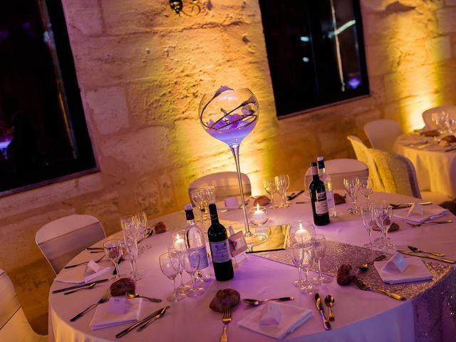 Le mariage de Julien et Laura à Bordeaux, Gironde 160