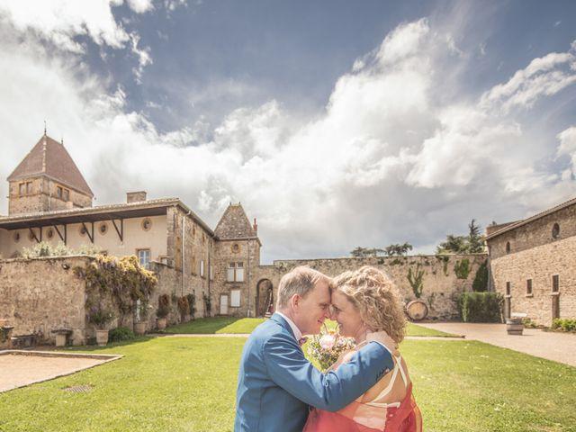 Le mariage de Cyril et Emmanuelle à Millery, Rhône 25
