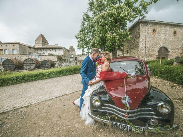 Le mariage de Cyril et Emmanuelle à Millery, Rhône 29
