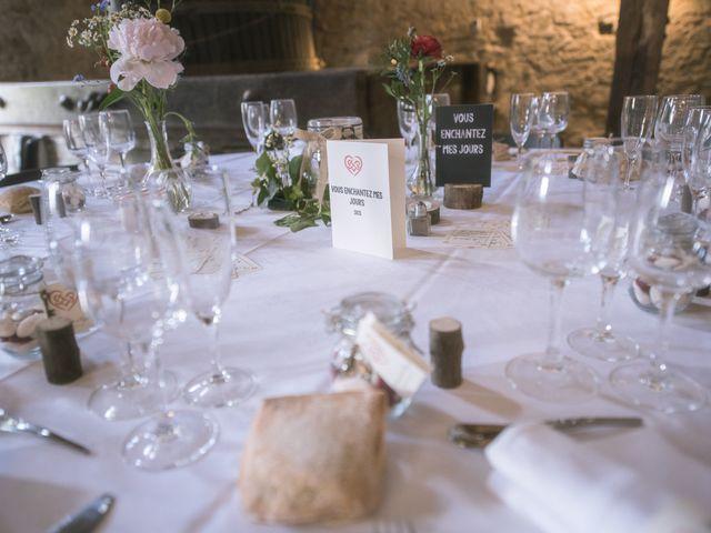 Le mariage de Cyril et Emmanuelle à Millery, Rhône 36