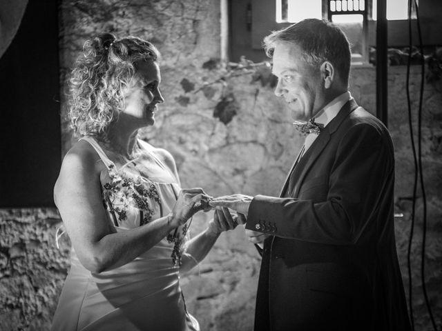 Le mariage de Cyril et Emmanuelle à Millery, Rhône 45