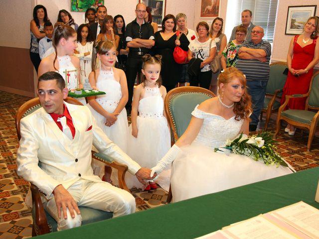 Le mariage de Mickaël et Vanessa à Magalas, Hérault 23