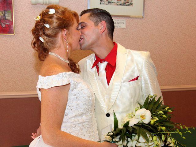 Le mariage de Mickaël et Vanessa à Magalas, Hérault 28