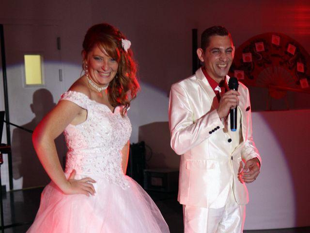 Le mariage de Mickaël et Vanessa à Magalas, Hérault 55