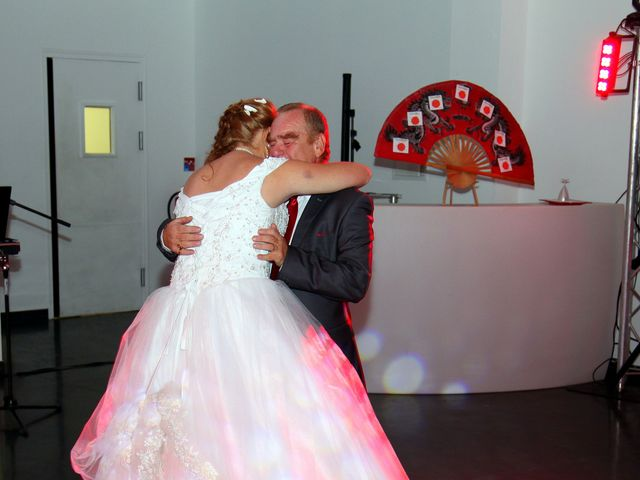 Le mariage de Mickaël et Vanessa à Magalas, Hérault 56