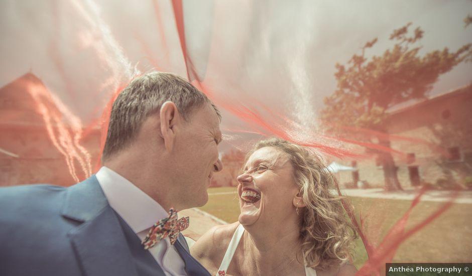 Le mariage de Cyril et Emmanuelle à Millery, Rhône