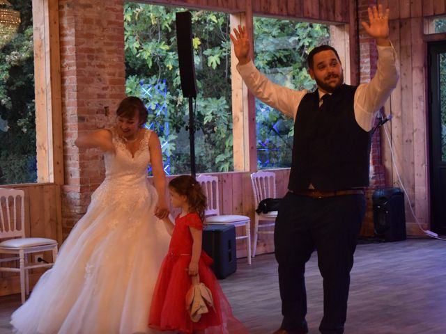 Le mariage de Guillaume et Amélie à Fréjairolles, Tarn 20