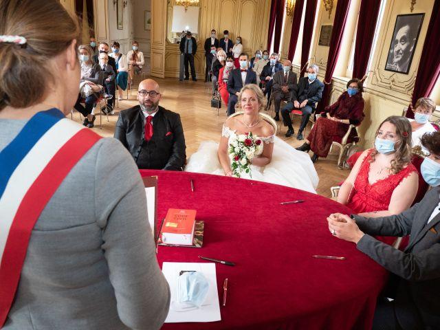Le mariage de Cyril et Séverine à Louviers, Eure 14