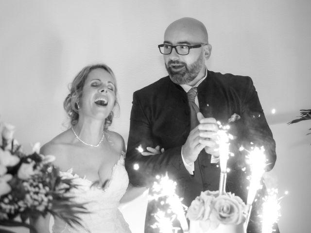 Le mariage de Cyril et Séverine à Louviers, Eure 20