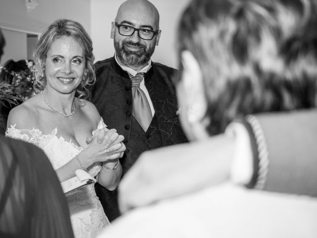 Le mariage de Cyril et Séverine à Louviers, Eure 21