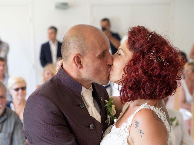 Le mariage de Juan et Julia à Solliès-Toucas, Var 22