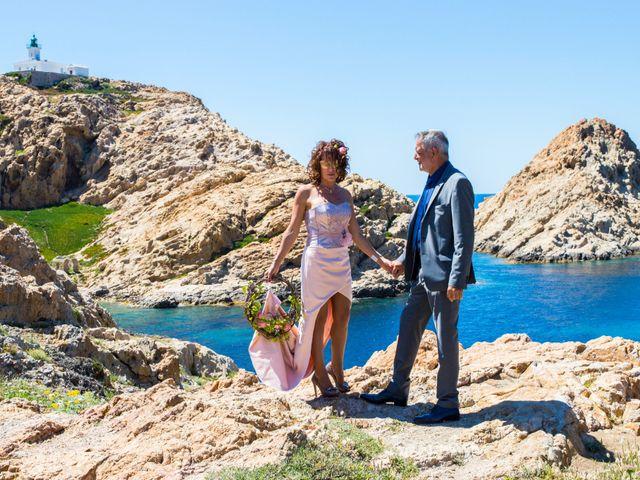 Le mariage de Gilles et Virginie à L'Île-Rousse, Corse 1